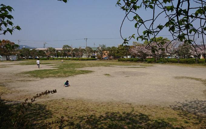 高松公園のグラウンド