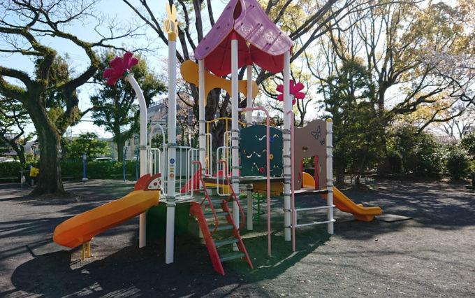 鷹匠公園の複合遊具