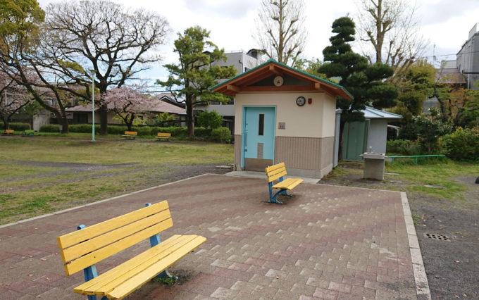 西草深公園のトイレ