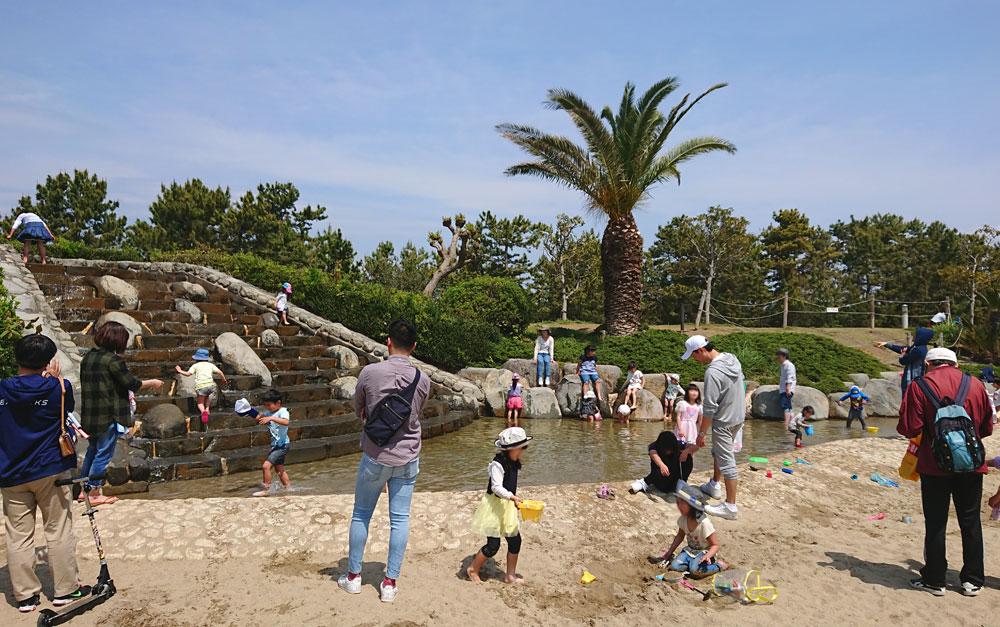 広野海岸公園のジャブジャブ池