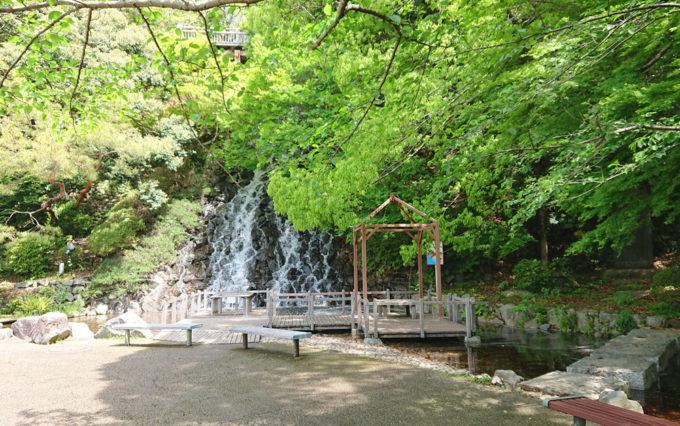 清水山公園の滝