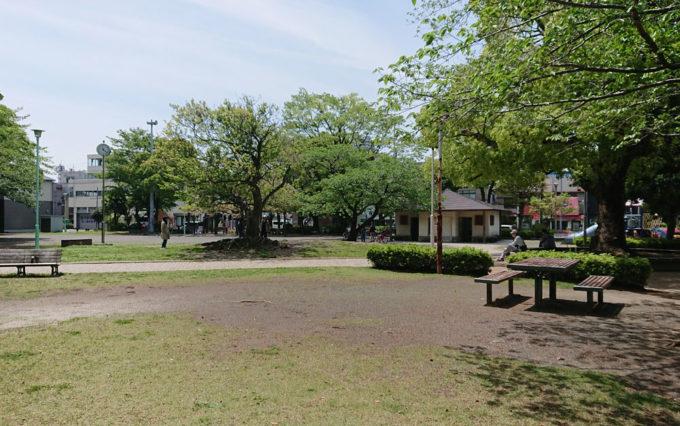清水山公園のグラウンド