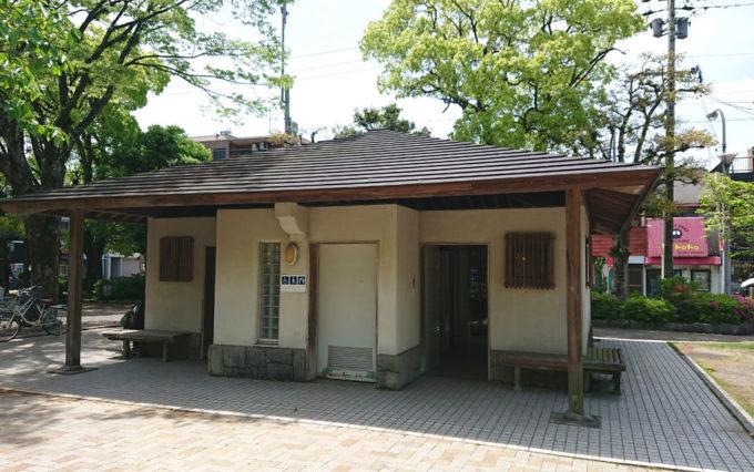 清水山公園のトイレ
