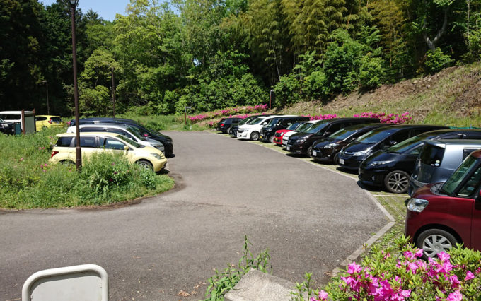 小鹿の森公園の駐車場