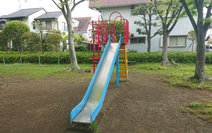 高松若宮公園のすべり台